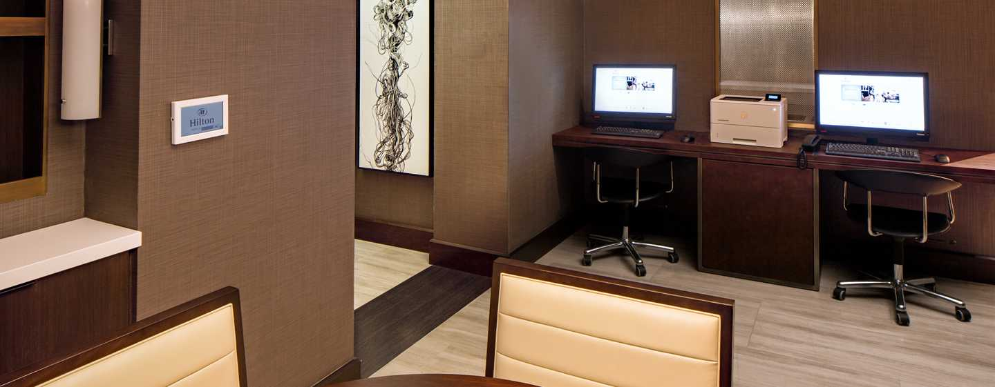 Hilton Brooklyn New York, USA – Businesscenter der Executive Lounge