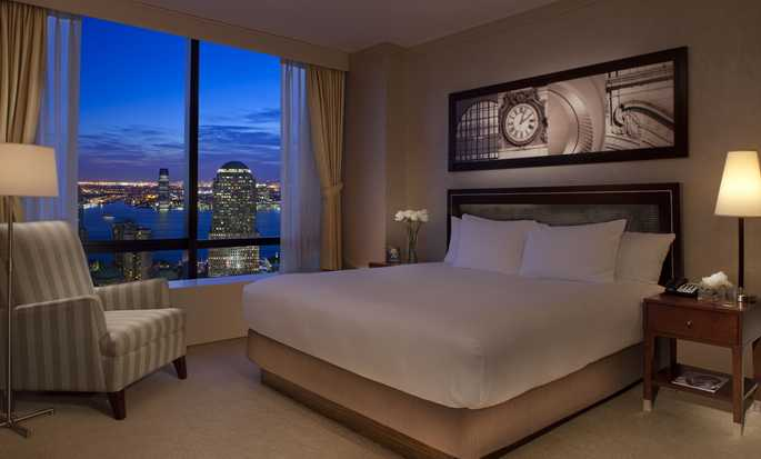 Millennium Hilton New York Downtown - Guestroom