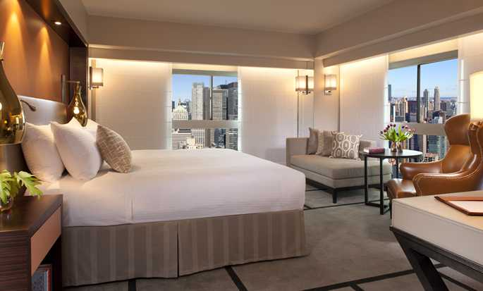 Millennium Hilton New York One UN Plaza, USA – Eckzimmer mit King-Size-Bett