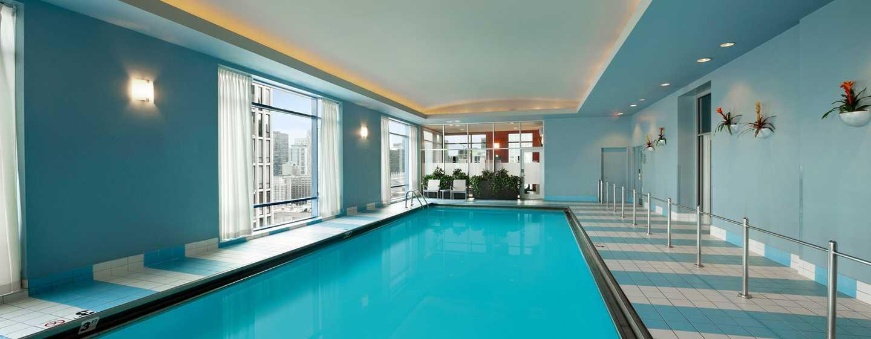 Hilton Chicago Magnificent Mile Suites Hotel USA Innenpool