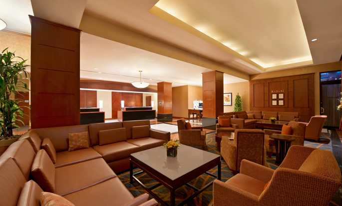 Hilton Chicago/Magnificent Mile Suites Hotel, USA – Lobby