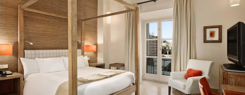 Hilton Sa Torre Mallorca Resort, Spanien – Standard Zimmer mit Queen-Size-Bett