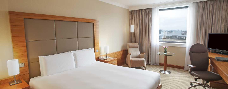 Hilton Prague Hotel, Tschechien– Plus Zimmer mit Kingsize-Bett