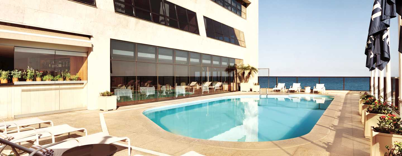 Hilton Rio de Janeiro Copacabana Hotel, Brasilien– Swimmingpool auf der 4.Etage