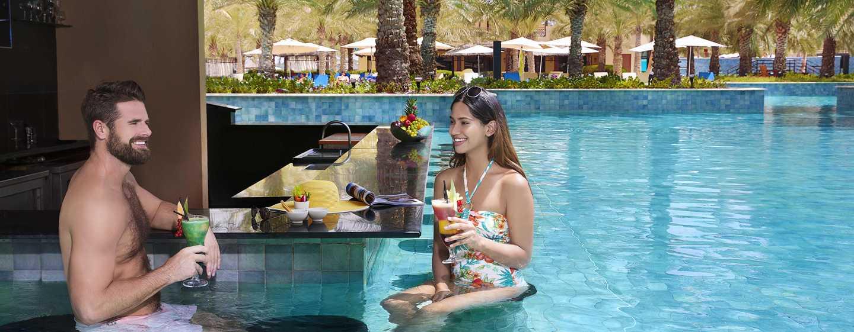 Hilton Ras Al Khaimah Resort & Spa Hotel, VAE– Salzwasserpool mit gesundheitsfördernder Wirkung