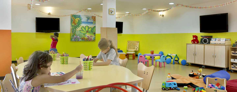 Hilton Ras Al Khaimah Resort & Spa Hotel, VAE– Familienfreundliches Resort