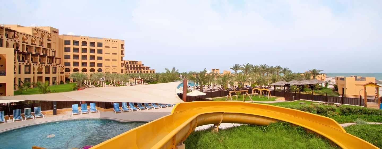 Hilton Ras Al Khaimah Resort & Spa Hotel, VAE– Kinderpool mit Wasserrutsche