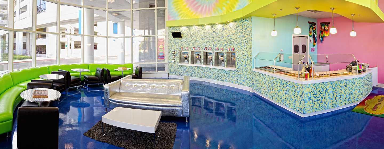 Hilton San Diego Bayfront, Kalifornien, USA– Sweet Things Frozen Yogurt Shoppe