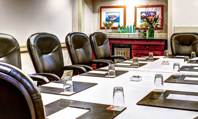 Hilton Seattle Airport Hotel & Conference Center, USA – Boardroom