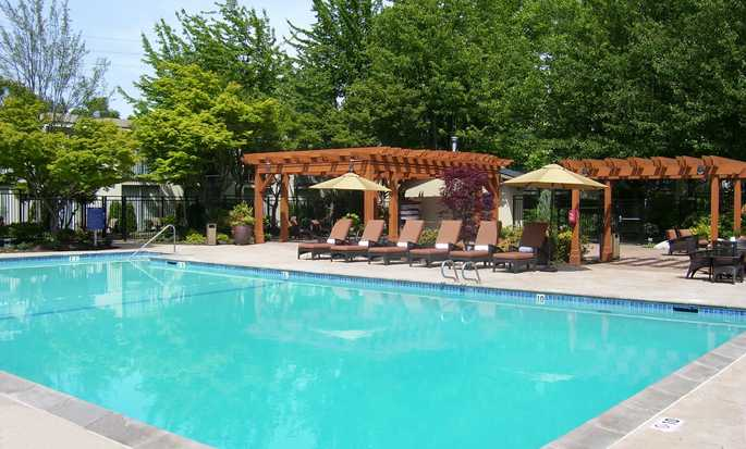 Hilton Seattle Airport Hotel & Conference Center, USA – Swimmingpool