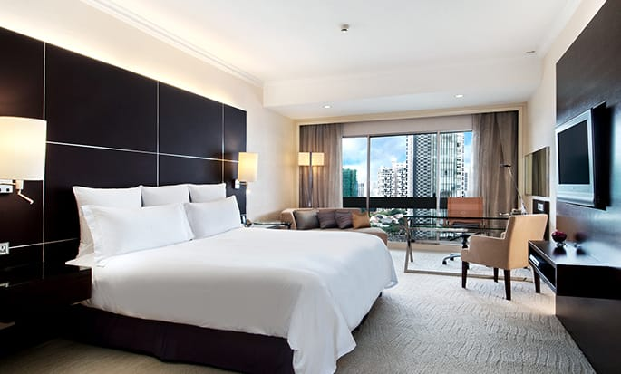 Hilton Singapore Hotel, Singapur – Executive Suite mit Kingsize-Bett
