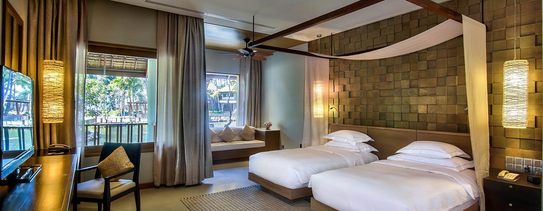 Hilton Ngapali Resort & Spa Hotel, Myanmar – Deluxe Zweibettzimmer mit Ausblick auf die Lagune und Balkon