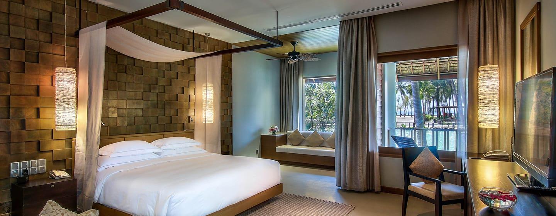 Hilton Ngapali Resort & Spa Hotel, Myanmar – Deluxe Zimmer mit Kingsize-Bett