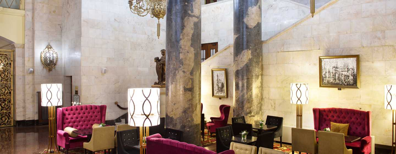Hilton Moscow Leningradskaya Hotel, Russland – Lobby-Bar