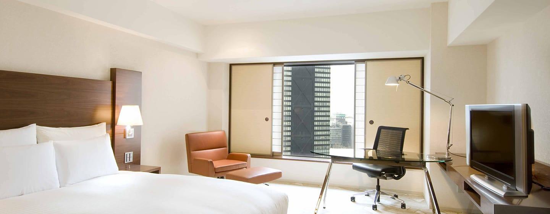 Hilton Tokyo Hotel, Japan – Hilton Zimmer mit Kingsize-Bett