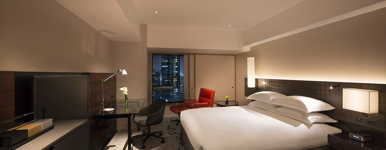 Hilton Tokyo Hotel, Japan – Deluxe Zimmer mit Kingsize-Bett