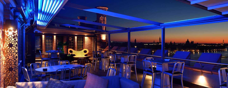 "Hilton Molino Stucky Venice Hotel, Italien– Bar ""Skyline"" mit Dachterrasse"