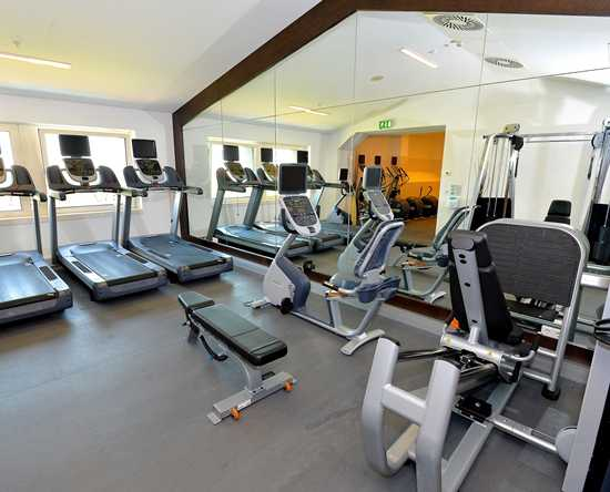 Hilton Vienna Danube Waterfront, Österreich - FITNESS CENTER