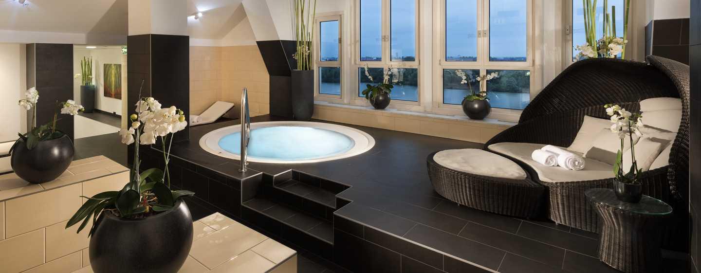 Hilton Vienna Danube Waterfront Hotel, Österreich – SPA WHIRLPOOL