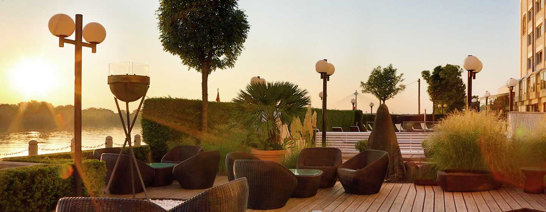 Hilton Vienna Danube Waterfront Hotel, Österreich – BLICK AUF DIE DONAU