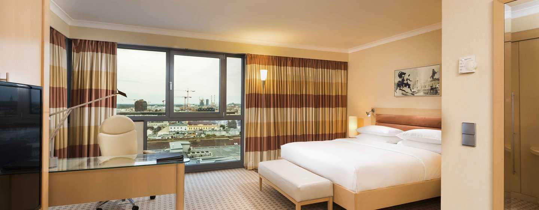 Hilton Vienna Hotel, Wien, Österreich– JUNIOR SUITE MIT STADTBLICK