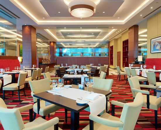 Hilton Warsaw Hotel and Convention Centre – Restaurant Meza