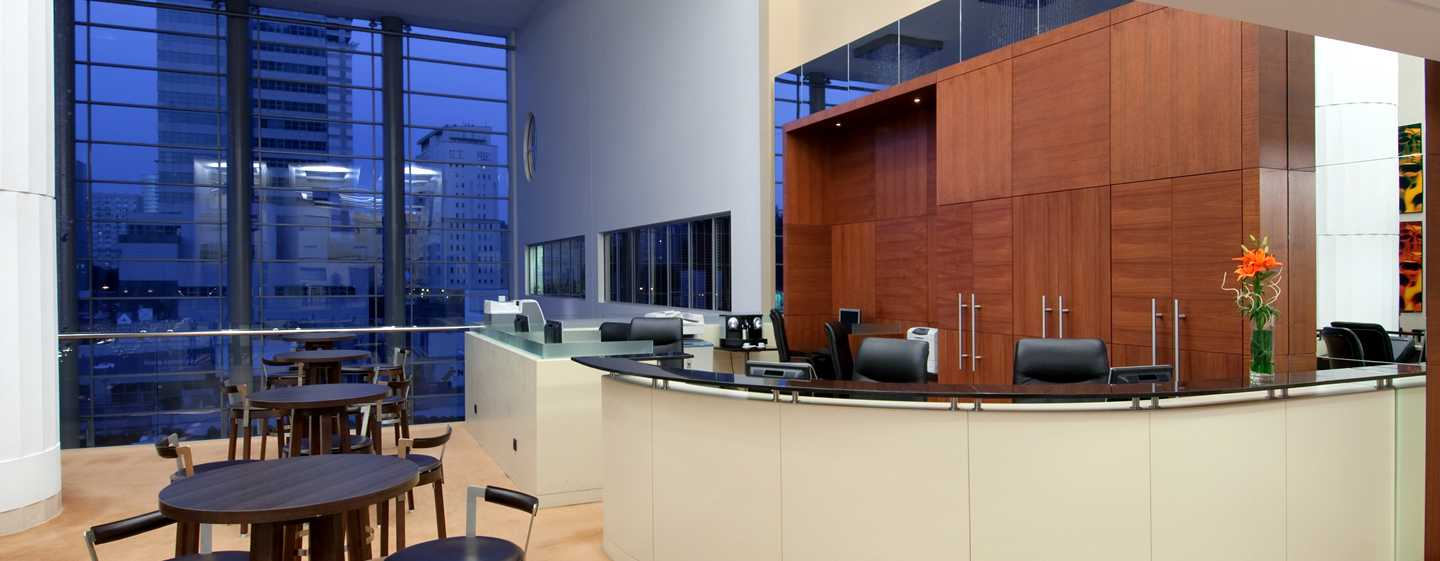 Hilton Warsaw Hotel and Convention Centre, Polen – Business Center