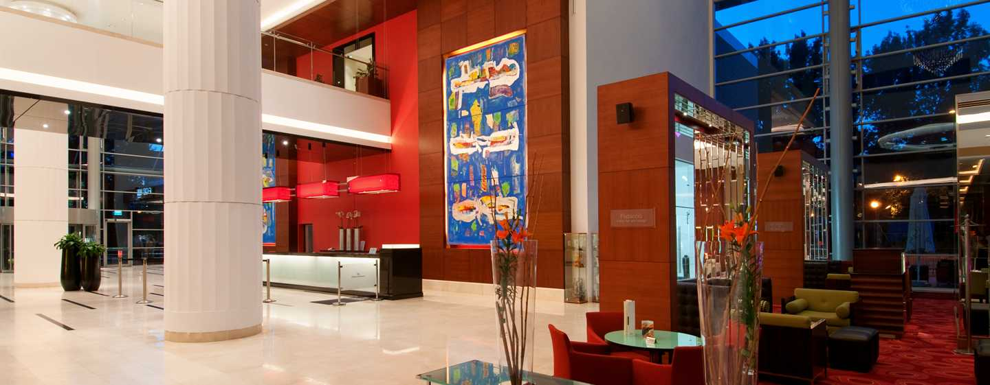 Hilton Warsaw Hotel and Convention Centre, Polen– Lobby