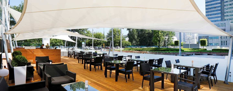Hilton Warsaw Hotel and Convention Centre Hotel, Polen– Lounge und Grill Piazza