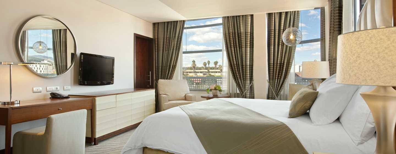 Hilton Windhoek Hotel, Namibia – Zimmer mit King-Size-Bett