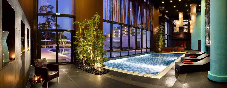 Hilton Evian-les-Bains Hotel, Frankreich– Innenpool im Spa