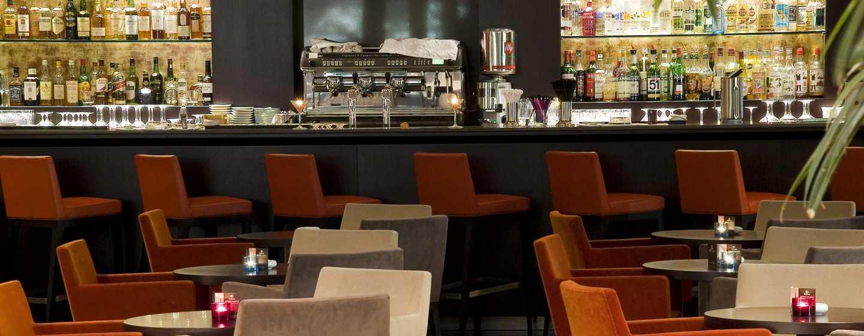 Hilton Evian-les-Bains Hotel, Frankreich– Bar Cosmopolitan