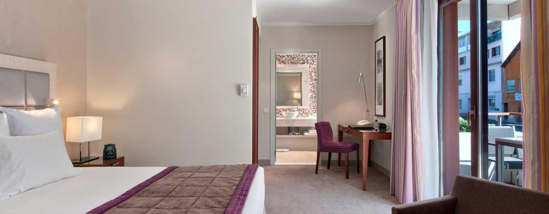 Hilton Evian-les-Bains Hotel – Gästezimmer mit King-Size-Bett