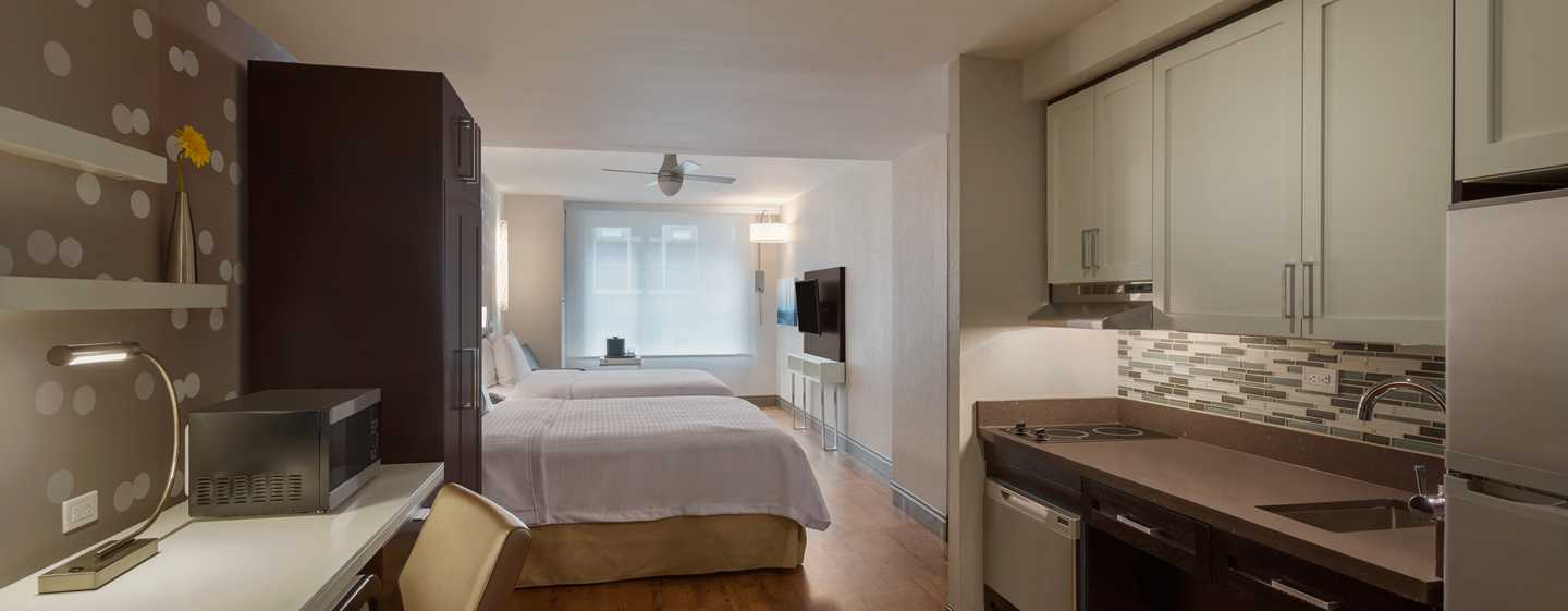 Homewood Suites by Hilton New York/Midtown Manhattan Times Square-South, NY, hotel  - Studio Suite mit Queen-Size-Bett