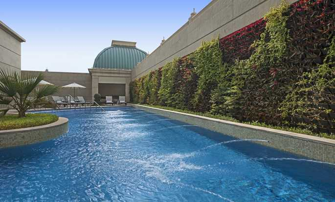 Habtoor Palace Dubai LXR Hotels & Resorts – Swimmingpool