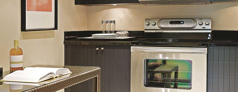Boca Raton Resort & Club, A Waldorf Astoria Resort, Florida, USA– Küche im Bungalow