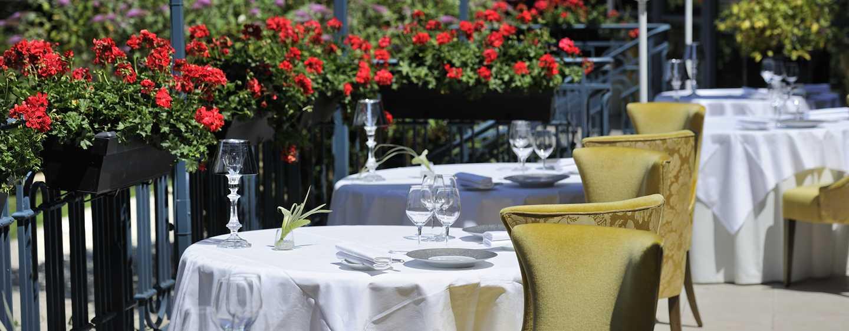 Waldorf Astoria Trianon Palace Versailles, Frankreich– Terrasse des Gordon Ramsay au Trianon