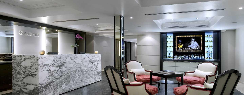 Waldorf Astoria Trianon Palace Versailles, Frankreich– Spa Guerlain