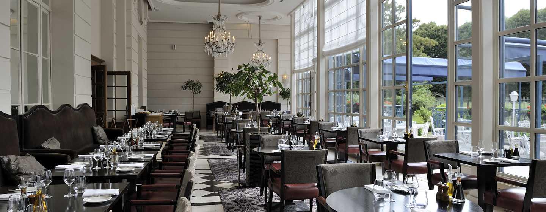 Waldorf Astoria Trianon Palace Versailles, Frankreich– Restaurant La Véranda