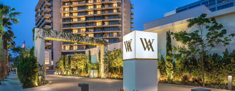 Waldorf Astoria Beverly Hills, Kalifornien, USA– Einfahrt zum WABH