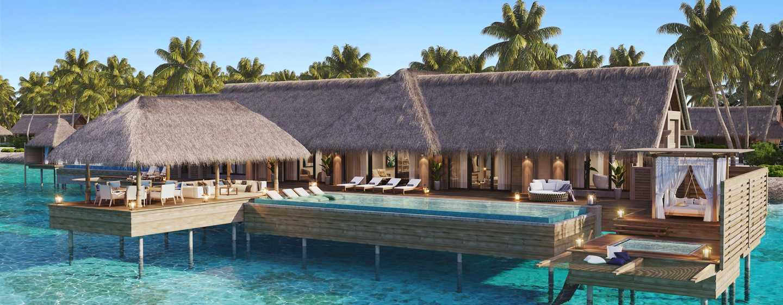 Waldorf Astoria Maldives Ithaafushi, Malediven– Außenbereich der auf dem Wasser gelegenen Villa