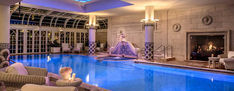 Rome Cavalieri, A Waldorf Astoria Resort, Italien– Innenpool