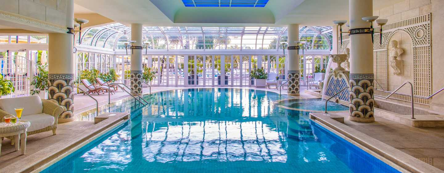 Rome Cavalieri, Waldorf Astoria Hotels & Resorts, Italien – Grand Spa Club – Innenpool