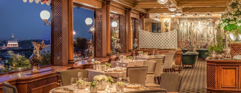"Rome Cavalieri, Waldorf Astoria Hotels& Resorts, Italien– Restaurant ""La Pergola"""