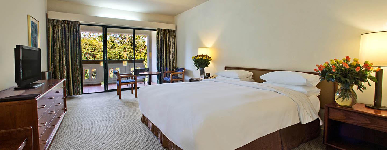 Hilton Addis Ababa, Äthiopien– Plus Zimmer mit King-Size-Bett