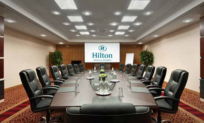 Ankara HiltonSA - Meetingraum mit Boardroom Bestuhlung