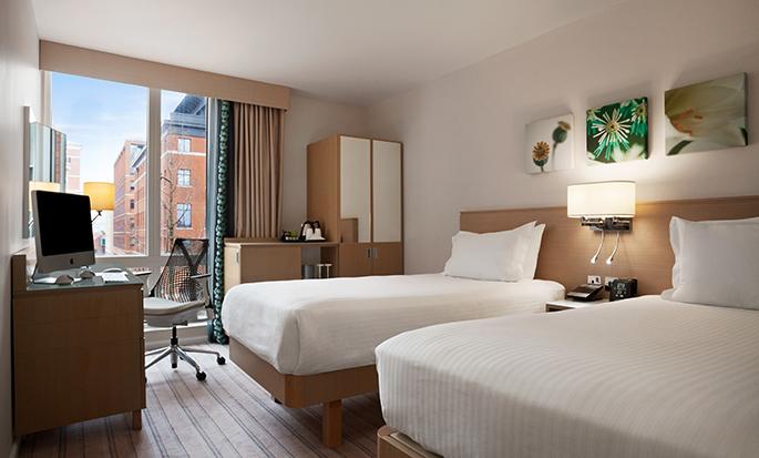 Hilton Garden Inn Birmingham Brindleyplace, UK - Twin Room