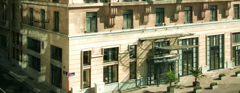 Genießen Sie die sehr gute Lage des Hilton Brussels City im Zentrum der Hauptstadt
