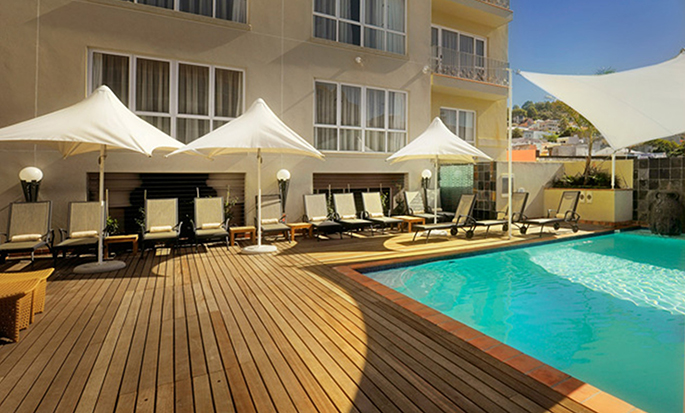Hilton Cape Town City Centre – Swimmingpool