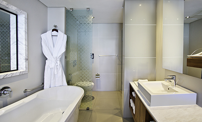 Hilton Cape Town City Centre – Badezimmer